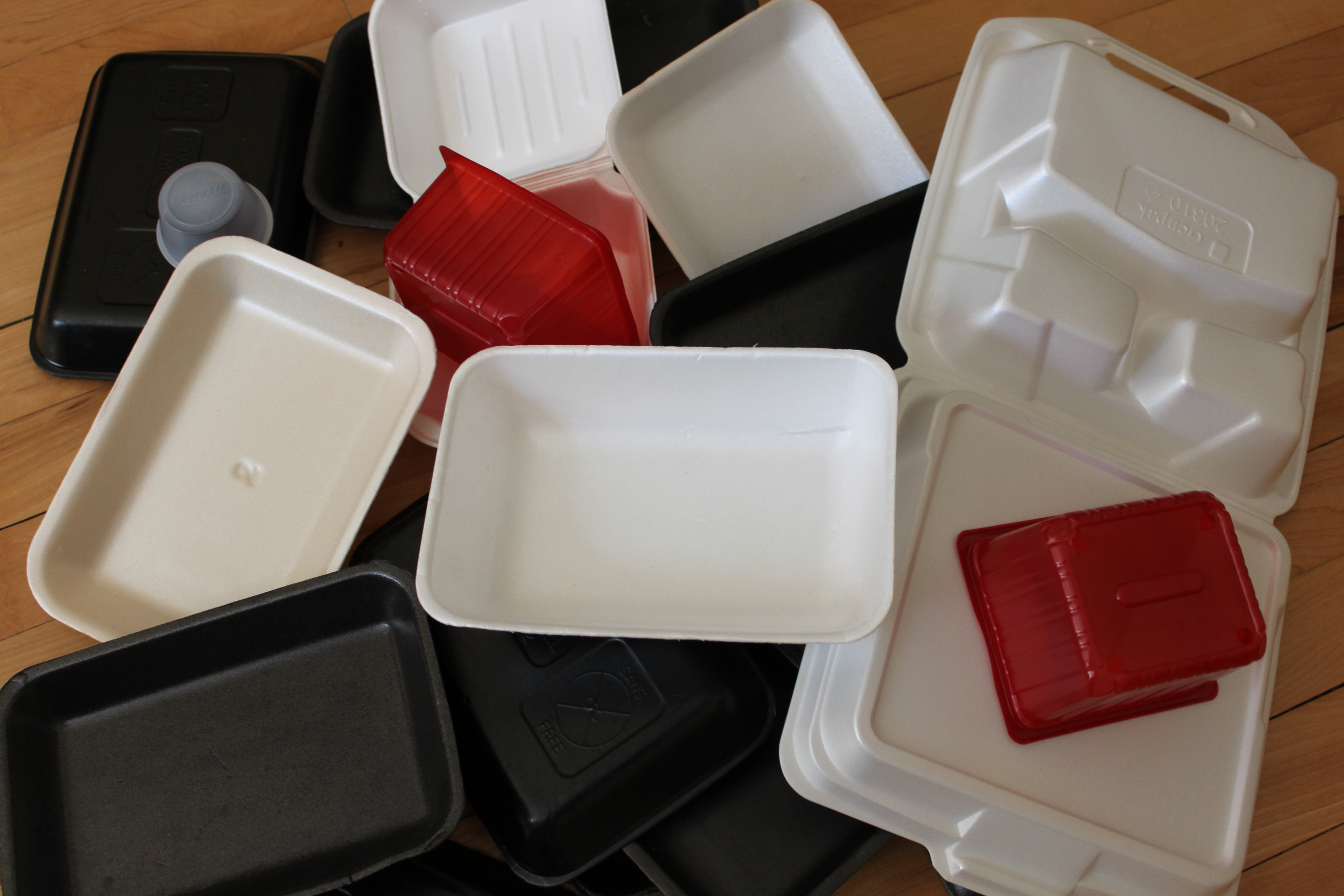plastic and styrofoam ban 2018 is the year of the plastic and styrofoam bans throughout southern  california, city councils are calling on restaurants, bars, and cafes to.
